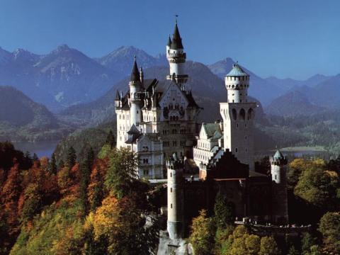 Another-View-of-Neuschwanstein-Castle